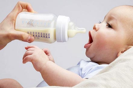 How to Clean Baby Bottles: Basic Rules