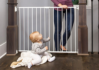 Best Baby Gate 2021 professional reviews