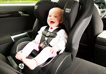 Best Infant Car Seat to Keep Your Child Safe (Top 4 Reviews)